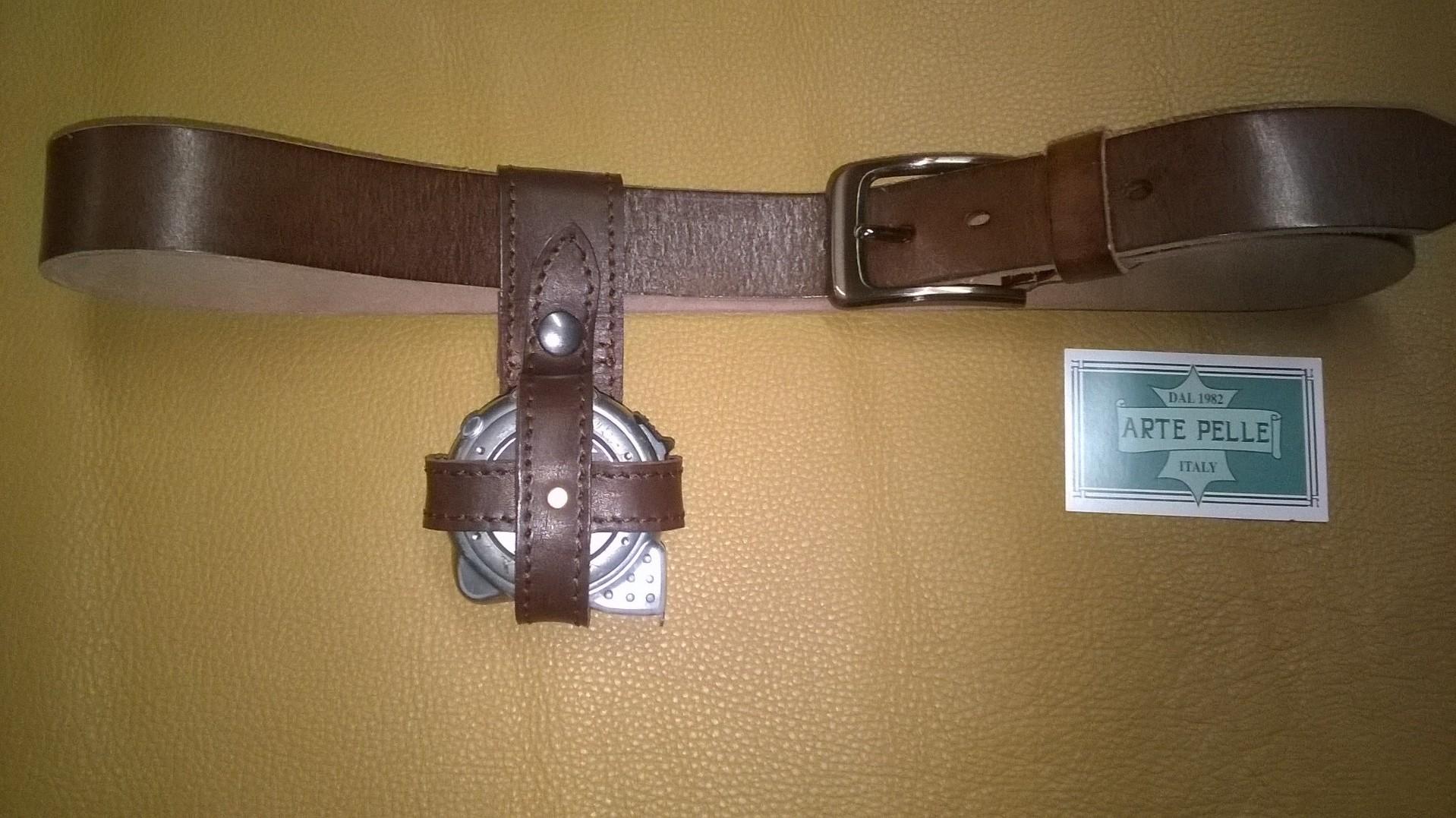 Porta metro per cintura arte pelle italia - Porta metro da cintura ...